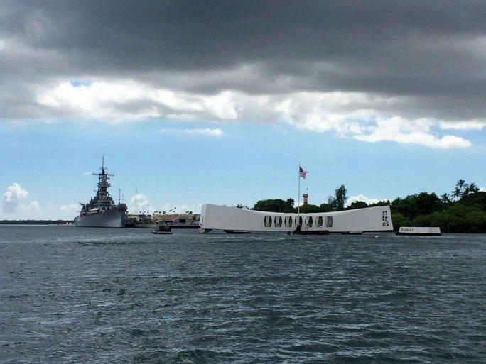 Ông Shinzo Abe sẽ là thủ tướng Nhật Bản đương nhiệm đầu tiên đến thăm Trân Châu Cảng ở bang Hawaii - Mỹ kể từ năm 1951 Ảnh: EPA