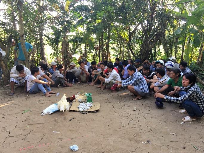 Một trường gà bị Công an tỉnh Tiền Giang triệt phá
