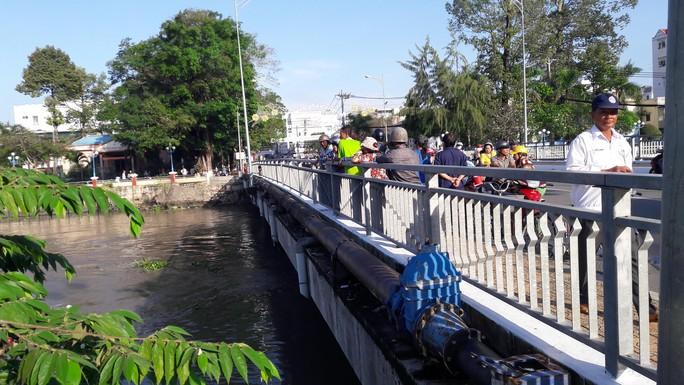 Cầu Đúc- nơi chị T. gieo mình xuống sông