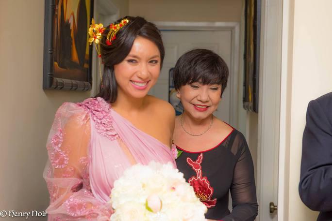 NS Kiều Tiên sang Mỹ dự đám cưới con gái - ca sĩ Y Phụng (ảnh do gia đình cung cấp)