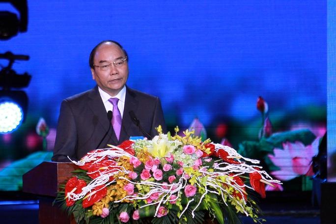 Thủ tướng Nguyễn Xuân Phúc phát biểu tại lễ kỷ niệm 20 năm Đà Nẵng là thành phố trực thuộc Trung ương