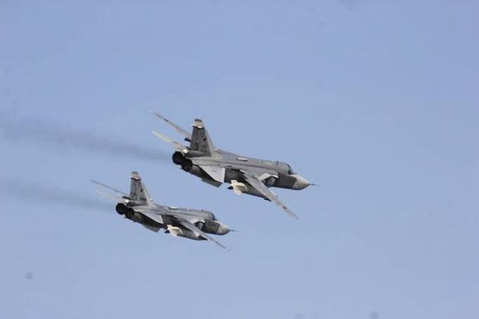 Báo Izvestia hôm 30-9 cho biết Nga đang điều thêm chiến đấu cơ đến Syria. Ảnh: Reuter
