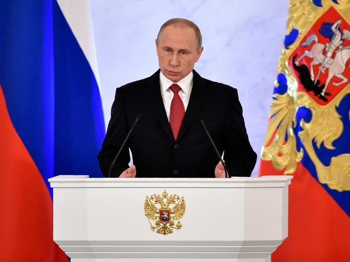 CIA kết luận điện Kremlin can thiệp bầu cử Mỹ nhằm giúp ông Trump giành chiến thắng. Ảnh: Independent