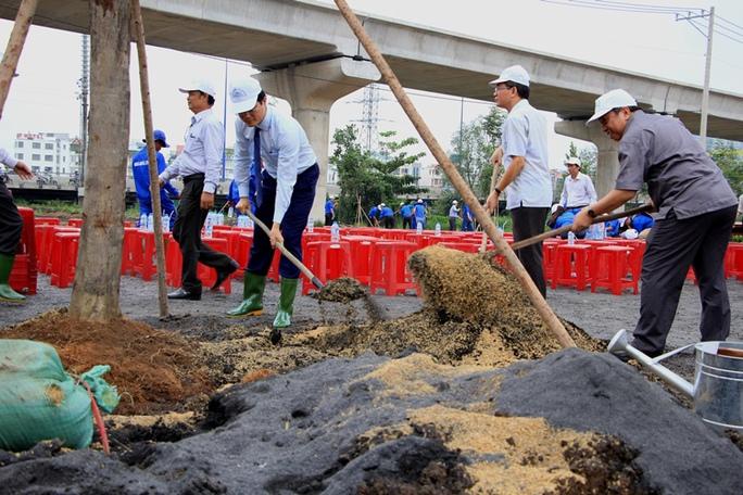 TP HCM mở rộng mảng xanh quanh khu vực cầu Sài Gòn - Ảnh 1.
