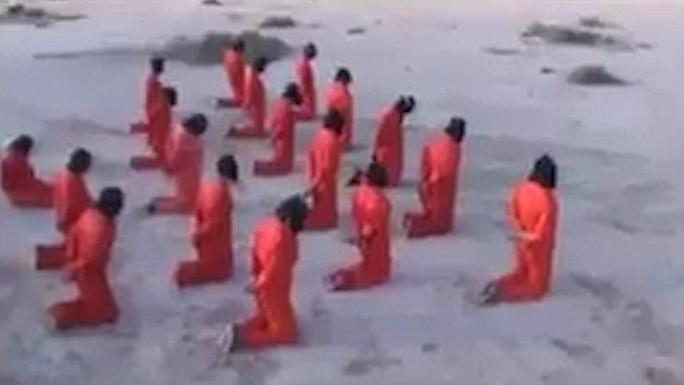 Tay súng IS bị hành quyết tập thể ở Libya - Ảnh 1.