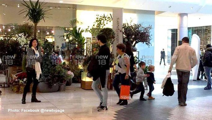 Rộ hình ảnh bà Yingluck mua sắm ở Anh - Ảnh 1.