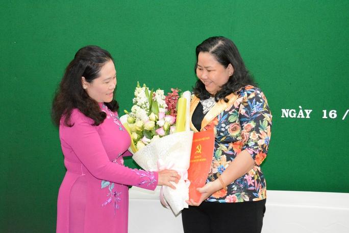 Bà Lê Thị Kim Thúy giữ chức vụ Phó Chủ tịch LĐLĐ TP HCM - Ảnh 1.