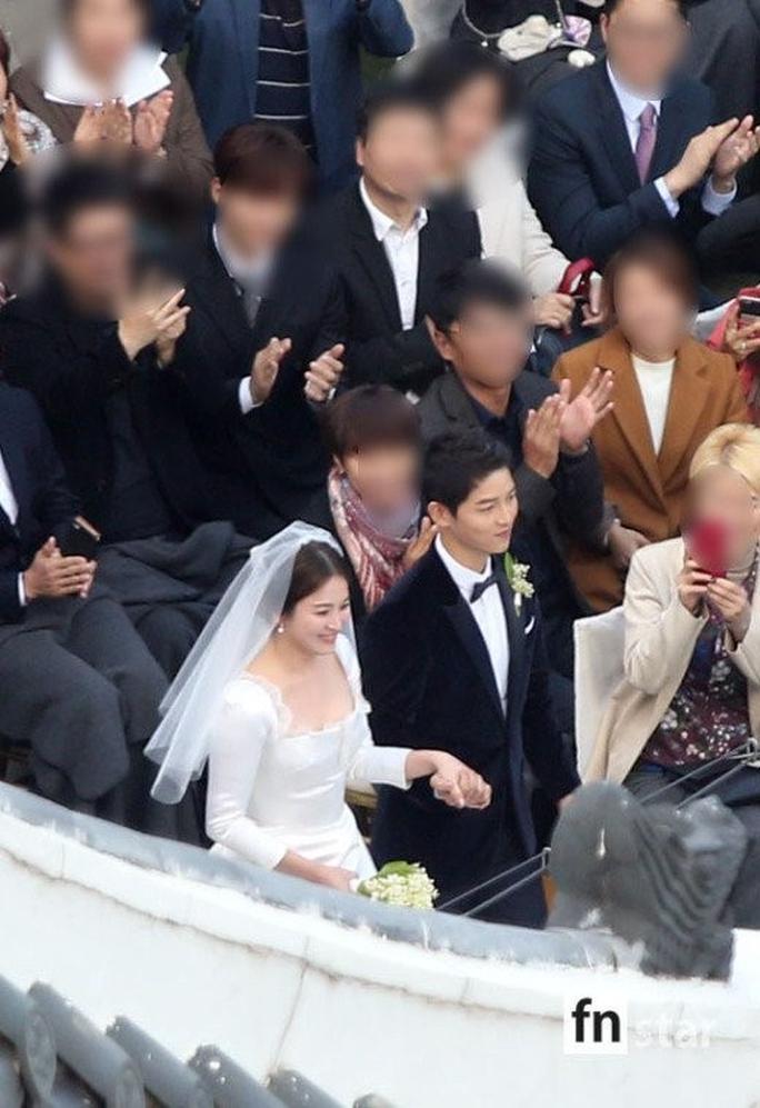 Mỹ nhân Song Hye Kyo theo Song Joong Ki về dinh - Ảnh 1.