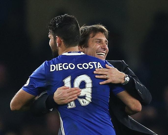 Chelsea triệu hồi Costa, ghế Conte lung lay dữ dội - Ảnh 2.