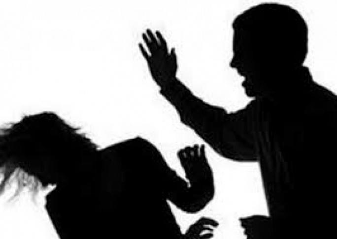 Cãi vã với chồng, một phụ nữ uống thuốc trừ sâu tự tử - Ảnh 1.