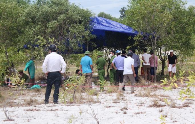 Thi thể bé trai mất tích ở Quảng Bình có nhiều vết đâm nghi bị sát hại - Ảnh 2.