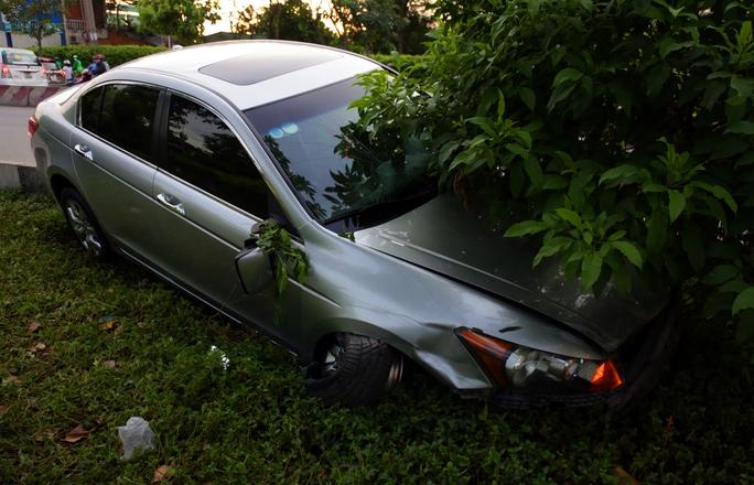 Chiếc ô tô gây tai nạn.