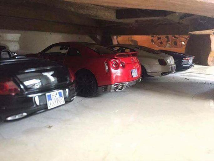 Những chiếc siêu xe nhiều báo đăng tải được cho là xe mô hình - Ảnh: Otofun