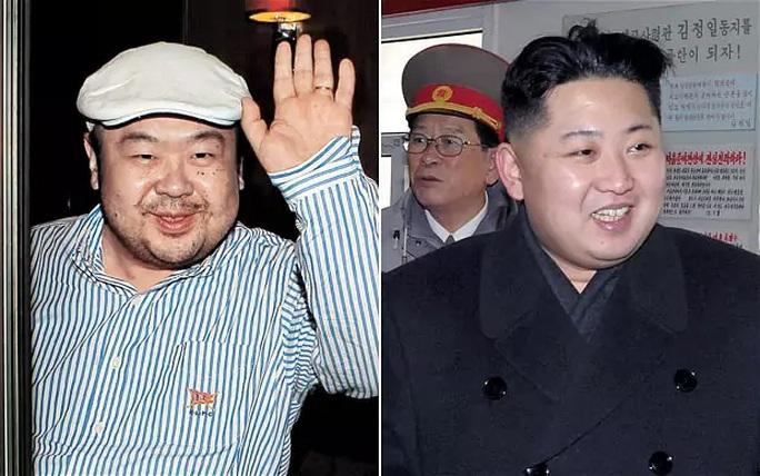 Ông Kim Jong-nam (trái) và lãnh đạo Kim Jong-un. Ảnh: THE TELEGRAPH