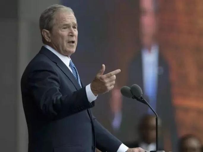Cựu Tổng thống Mỹ George W. Bush. Ảnh: AP