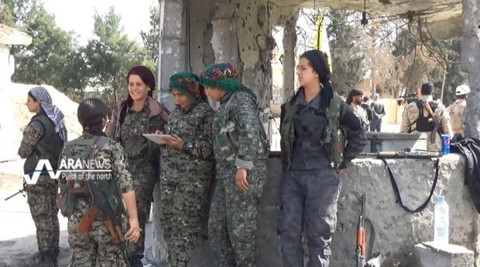 Các nữ chiến binh người Kurd ở miền Bắc Syria. Ảnh: ARA NEWS