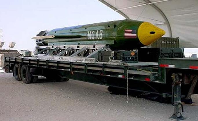 Bom MOAB của Mỹ. Ảnh: NDTV