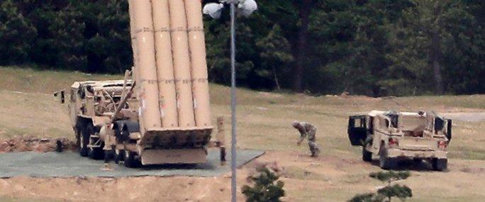 Tổng thống Hàn Quốc bất ngờ lệnh điều tra THAAD của Mỹ - Ảnh 1.
