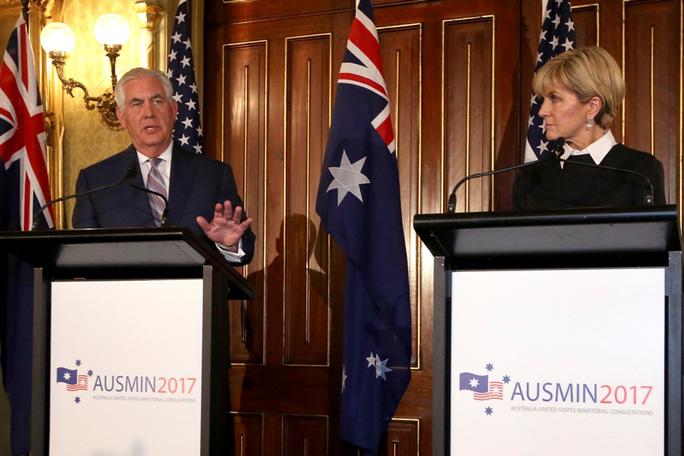 Mỹ - Úc: Trung Quốc dùng kinh tế để trốn tránh chuyện biển Đông - Ảnh 1.