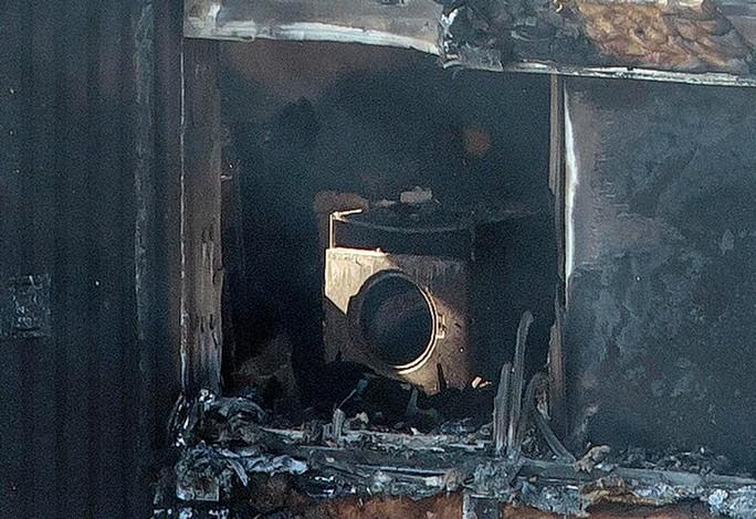 Vụ cháy ở London: Hơn 100 người có thể đã thiệt mạng - Ảnh 5.
