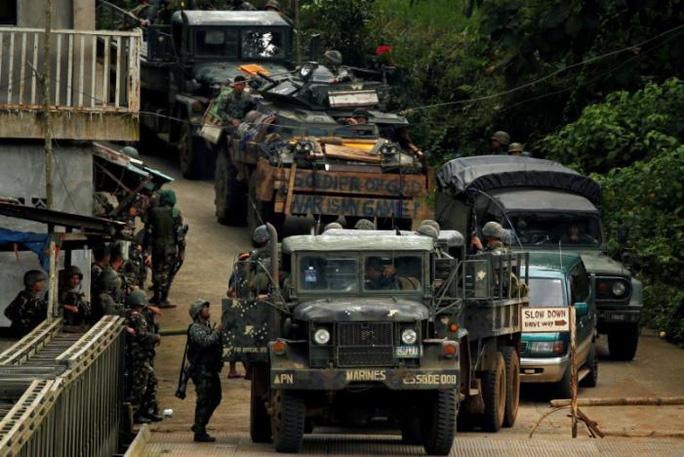 Philippines: Phiến quân chặt đầu dân thường? - Ảnh 1.