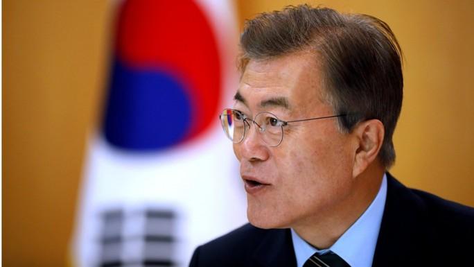 Lần đầu thăm Mỹ, tổng thống Hàn Quốc cậy nhờ trùm chaebol - Ảnh 1.