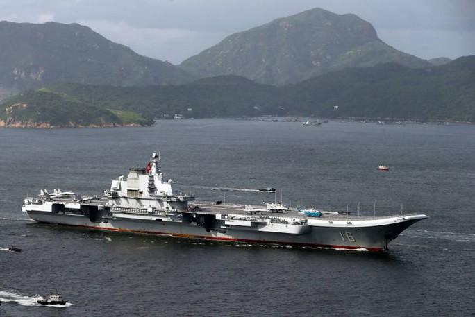 Mỹ điều khu trục hạm theo dõi tàu sân bay Trung Quốc - Ảnh 1.