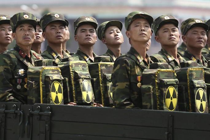 Chương trình hạt nhân Triều Tiên chưa bằng 1 tàu sân bay Mỹ? - Ảnh 1.