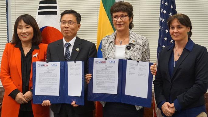 Đại sứ Hàn Quốc lạm dụng tình dục nữ nhân viên - Ảnh 1.