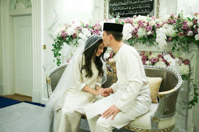 Công chúa Malaysia kết hôn với trai đẹp Hà Lan - Ảnh 1.