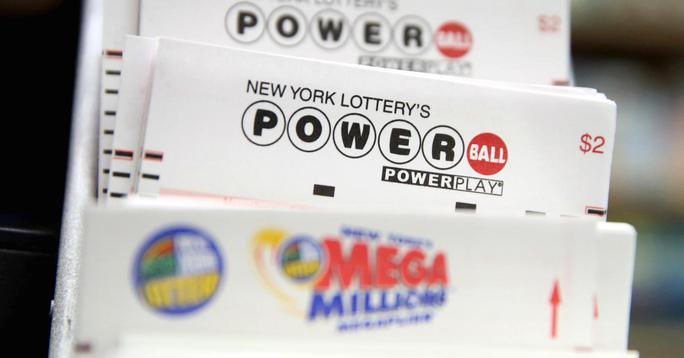 Mỹ lại sốt vì giải độc đắc Powerball tăng lên 650 triệu USD - Ảnh 1.