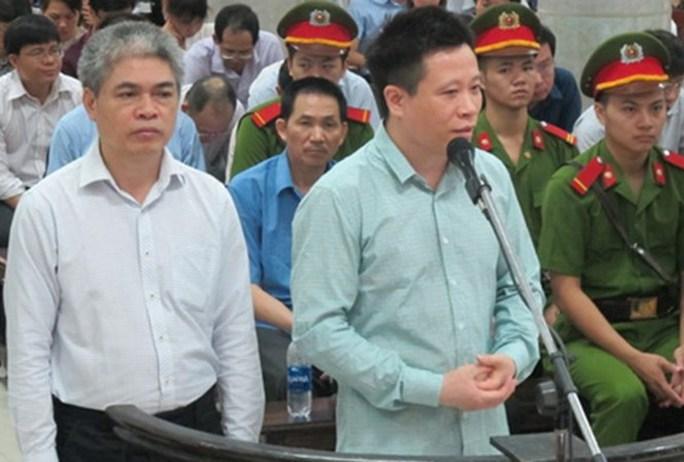 Tuyên án tử hình Nguyễn Xuân Sơn, chung thân Hà Văn Thắm - Ảnh 1.