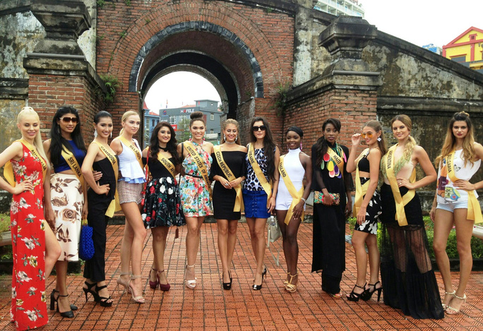 Hoa hậu Hòa bình Thế giới: 76 người đẹp thi trang phục dân tộc - Ảnh 1.