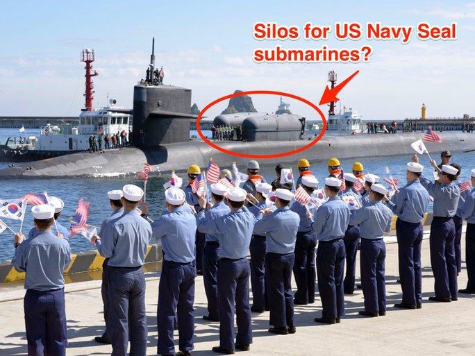Tàu ngầm Mỹ chở đặc nhiệm SEAL tới Hàn Quốc? - Ảnh 1.