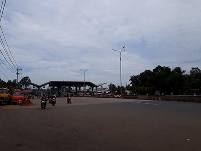 Cảnh sát cơ động, CSGT được huy động đến BOT Biên Hòa - Ảnh 2.