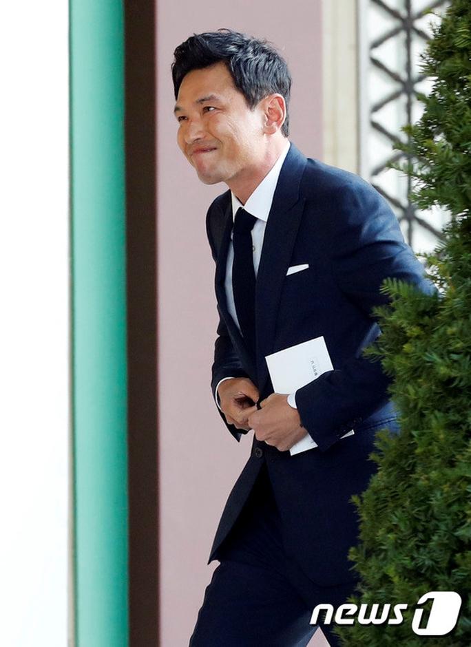 Mỹ nhân Song Hye Kyo theo Song Joong Ki về dinh - Ảnh 16.