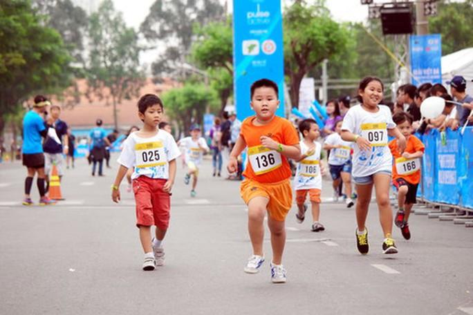 HCMC Marathon 2018 thu hút hơn 5.000 VĐV - Ảnh 1.