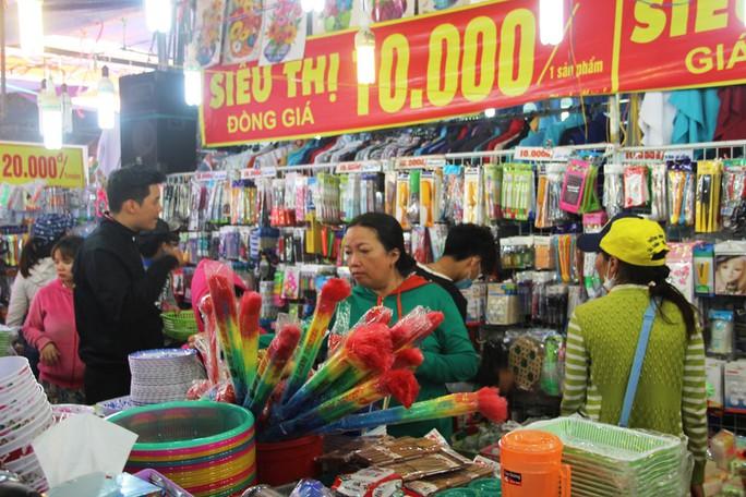 Khai mạc hội chợ thương mại quốc tế Nha Trang - Ảnh 1.