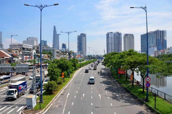 TP HCM kêu gọi đầu tư vào hạ tầng giao thông - Ảnh 1.