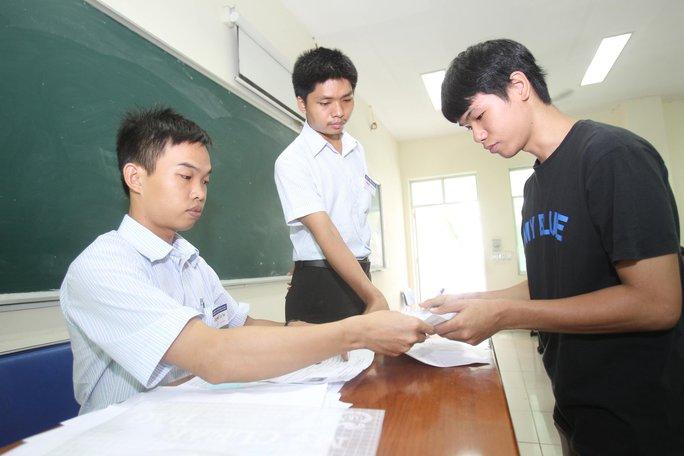 Dồn sức chuẩn bị thi THPT quốc gia - Ảnh 1.