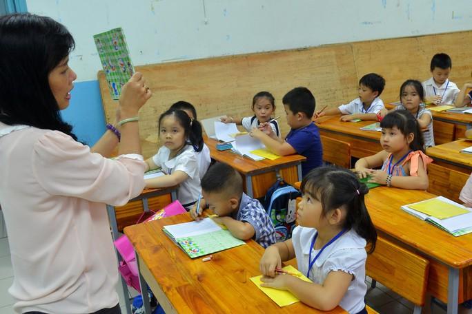 TP HCM muốn tăng lương giáo viên - Ảnh 1.