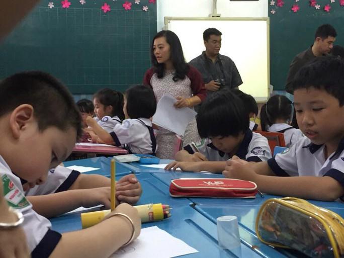 Giờ học phòng chống xâm hại của học sinh Trường Tiểu học Nguyễn Văn Trỗi