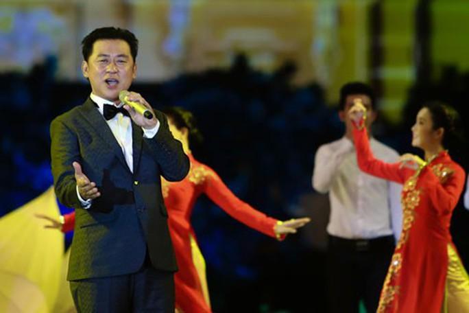 40 năm Tạ Minh Tâm hát - Ảnh 1.