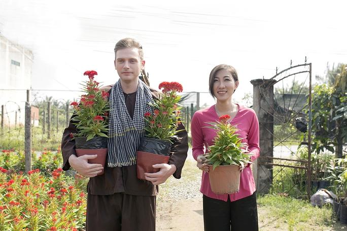 Chàng Tây ủng hộ duy trì Tết Việt