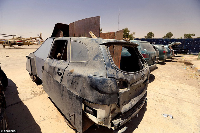 """Iraq: Tham quan """"nghĩa địa"""" xe đánh bom tự sát của IS - Ảnh 9."""