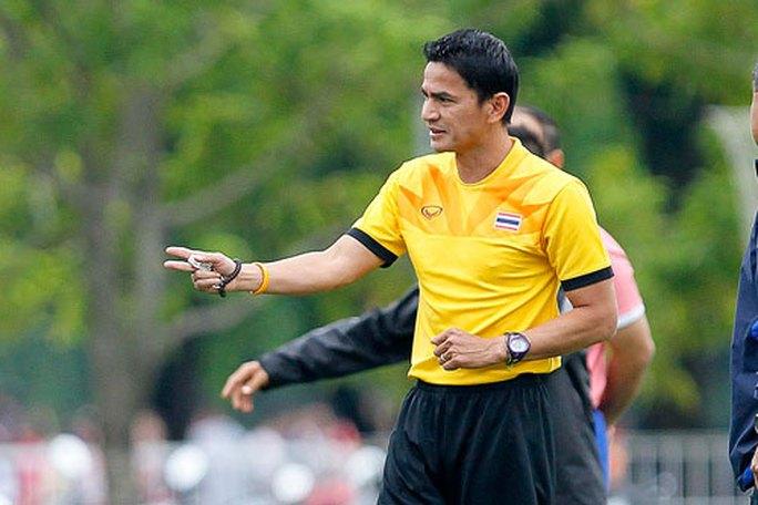 HLV Kiatisuk thành công với bóng đá Thái Lan ở cấp độ đội tuyển Ảnh: HẢI ANH