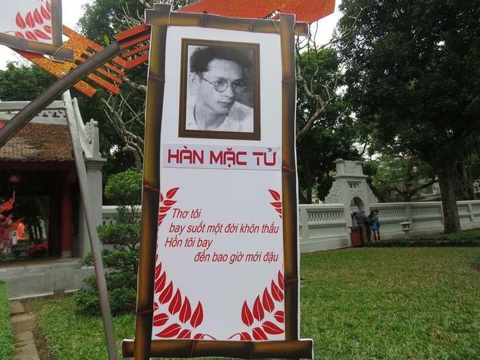 Pa-nô có tên và thơ Hàn Mặc Tử bị gắn nhầm ảnh nhà thơ Yến Lan