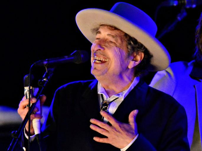 Bob Dylan đã 75 tuổi nhưng vẫn tất bật lưu diễn. Ảnh: REUTERS