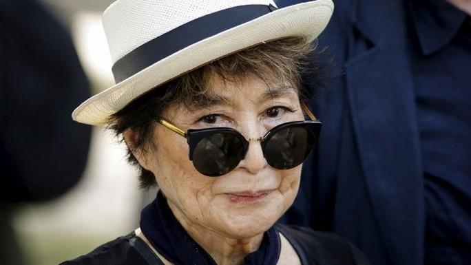 Yoko Ono kiện hãng sản xuất nước uống - Ảnh 1.