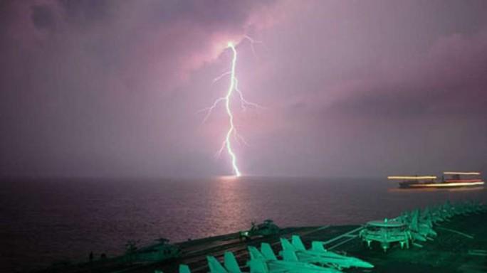 Nguy cơ sét đánh ở Con đường tơ lụa trên biển - Ảnh 1.